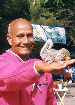 Sri Chinmoy running on track